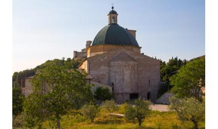 Базилика Св. Клара - Асизи, Италия