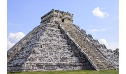 Голямата пирамида в Чичен Ица