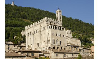 Консулският дворец - Губио, Италия