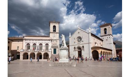 Норча, Италия