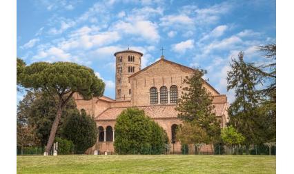 Църква Св. Аполинарий Класийски - Равена, Италия