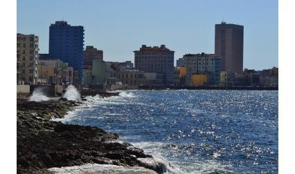 Булевард Малекон, квартал Ведадо в Хавана, Куба