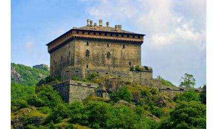 Верският замък, Италия