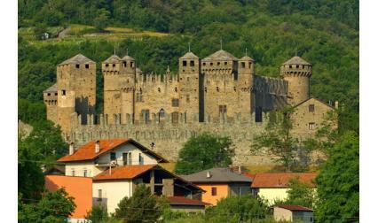 Замъкът Фенис, Аоста, Италия