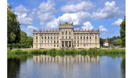 Замъкът Лудвигслуст, Германия