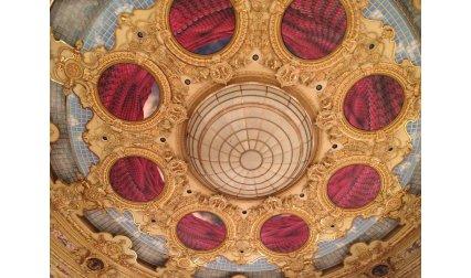 Таванът на операта в Барселона