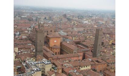 Кулите в Болоня