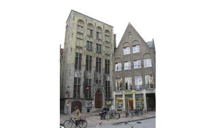 Сгради в Брюж