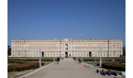 Дворецът Казерта, Италия