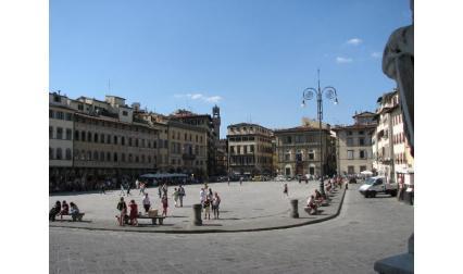 Площад пред Църква Санта Кроче - Флоренция