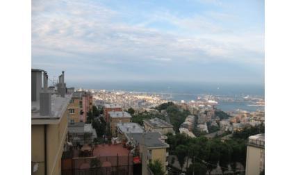 Изглед към Генуа
