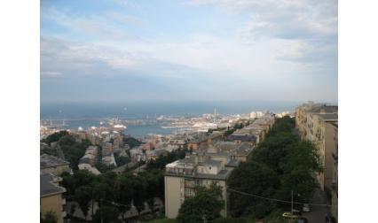 Генуа - изглъд към пристанището