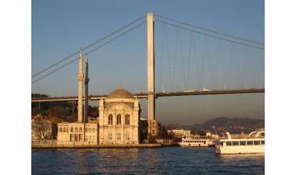 Истанбул - джамия на Босфора