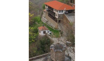 Манастир в Крива паланка