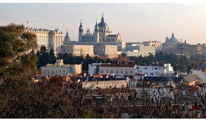 Кралският дворец и катедралата