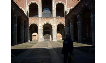 Милано - църква Св. Амворсий