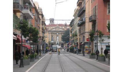 Улица в Ница