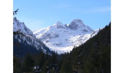 Изглед от връх Мальовица, Рила, недалеч от Самоков