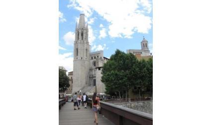 Църква в Жирона