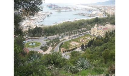 Пристанището на Малага