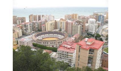 Хотелите и арената в Малага