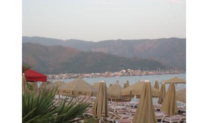 Мармарис - изглед към плажа