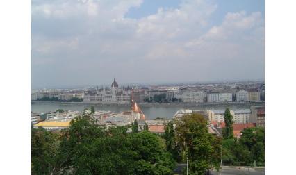 Будапеща - изглед към Дунав и Парламента