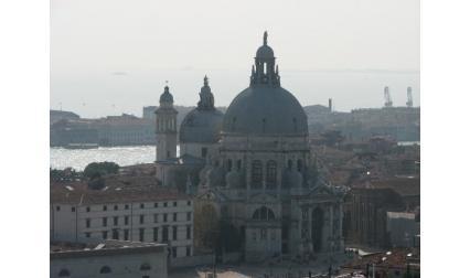 Изглед към църква Богородица на избавлението - Венеция