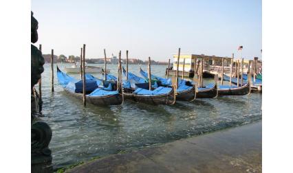 Венеция - гондоли