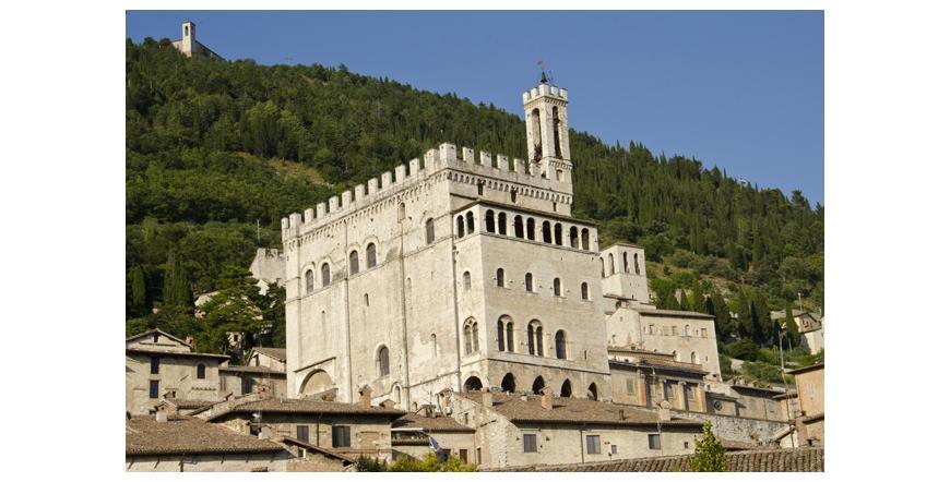 Консулският дворец - Губио