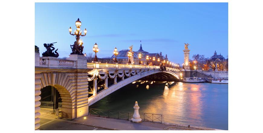 Мостът Александър ІІІ