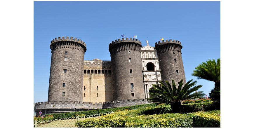 Новия замък - Неапол