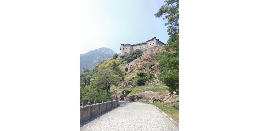 Крепост Бард