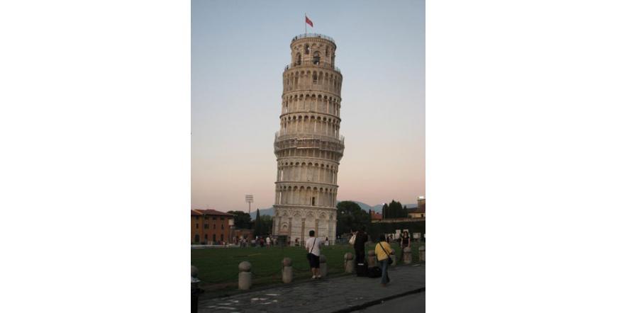 Наклонената кула - Пиза