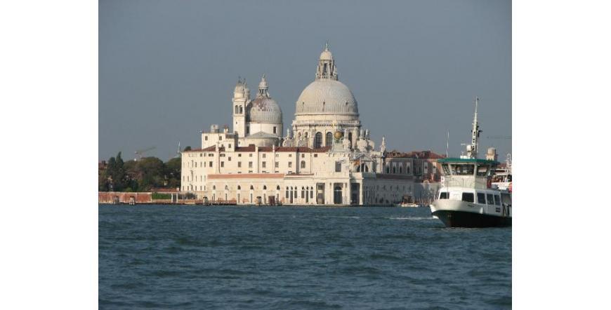 """Църква """"Богородица на избавлението"""" - Венеция"""